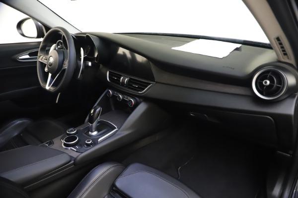 Used 2017 Alfa Romeo Giulia Ti Sport for sale $25,900 at Maserati of Westport in Westport CT 06880 27