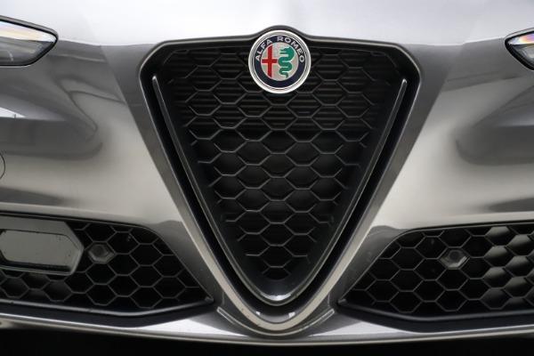 New 2021 Alfa Romeo Giulia Q4 for sale $48,035 at Maserati of Westport in Westport CT 06880 13