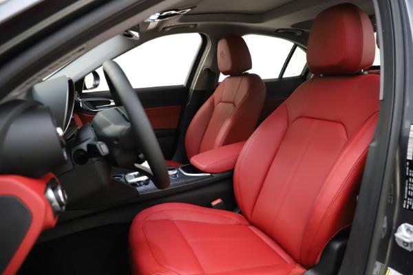 New 2021 Alfa Romeo Giulia Q4 for sale $48,035 at Maserati of Westport in Westport CT 06880 15