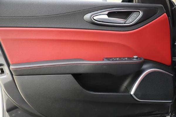 New 2021 Alfa Romeo Giulia Q4 for sale $48,035 at Maserati of Westport in Westport CT 06880 18