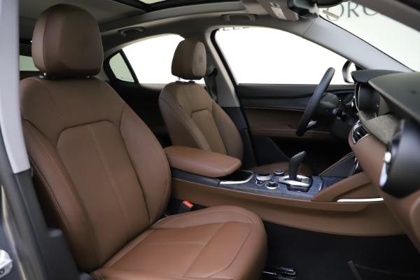 New 2021 Alfa Romeo Stelvio Q4 for sale $48,835 at Maserati of Westport in Westport CT 06880 21