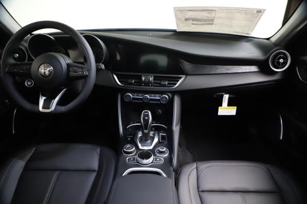 New 2021 Alfa Romeo Giulia Q4 for sale Sold at Maserati of Westport in Westport CT 06880 16