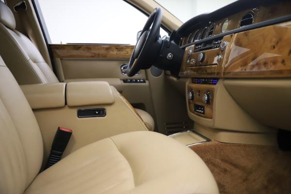 Used 2006 Rolls-Royce Phantom for sale $109,900 at Maserati of Westport in Westport CT 06880 24