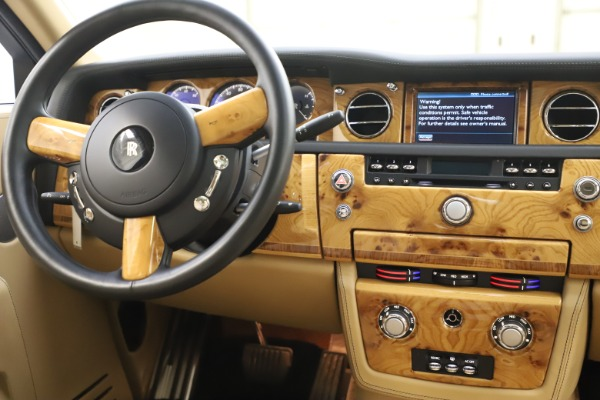 Used 2006 Rolls-Royce Phantom for sale $109,900 at Maserati of Westport in Westport CT 06880 27