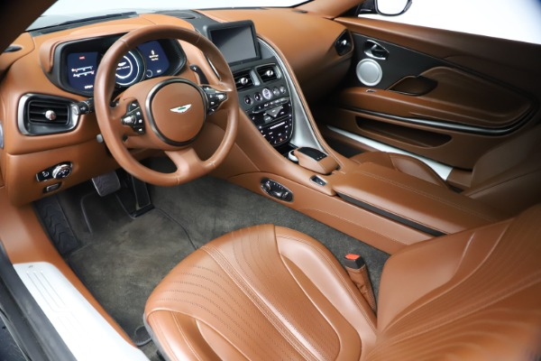 Used 2017 Aston Martin DB11 V12 Coupe for sale $134,900 at Maserati of Westport in Westport CT 06880 13
