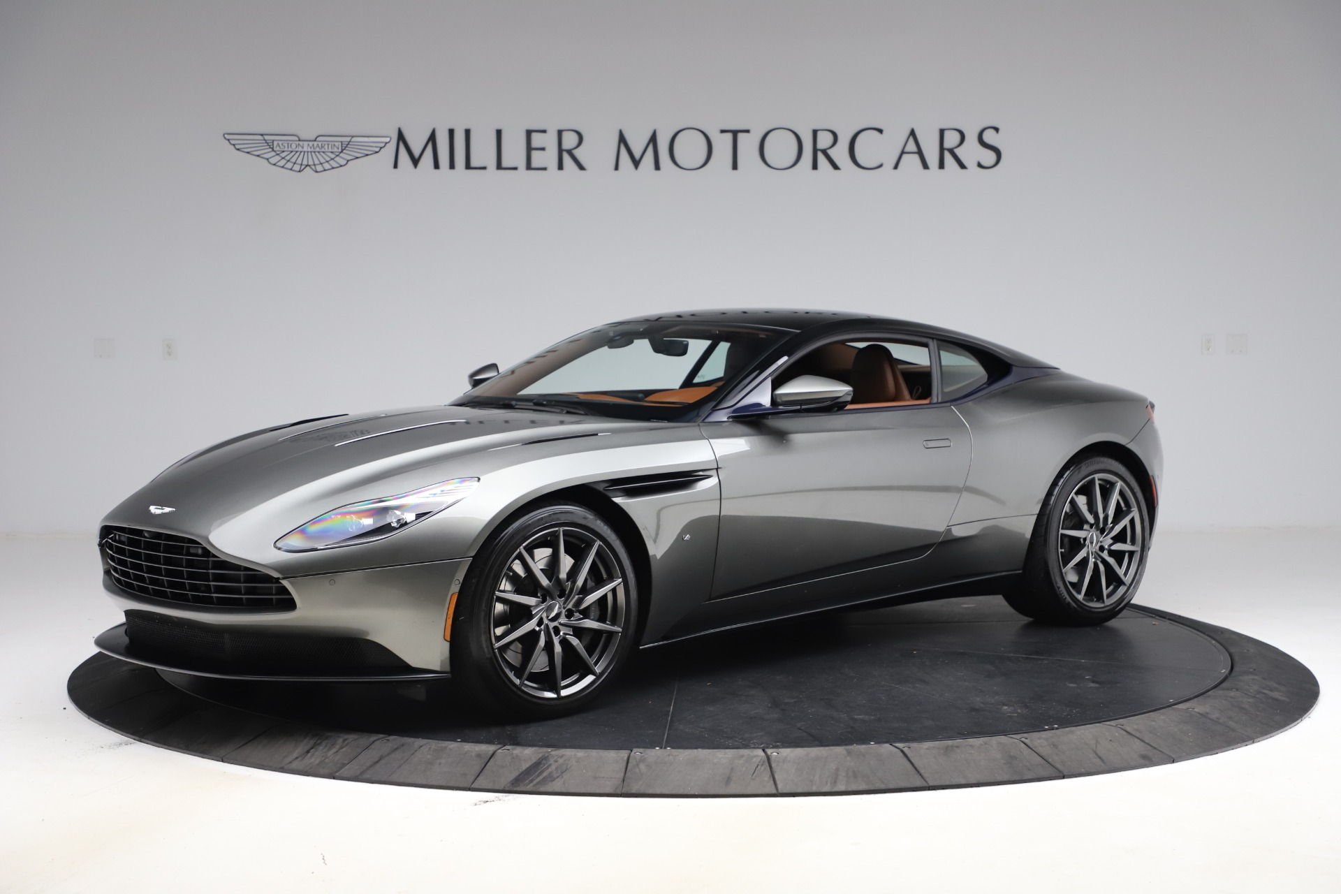 Used 2017 Aston Martin DB11 V12 Coupe for sale $134,900 at Maserati of Westport in Westport CT 06880 1