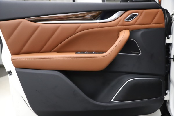 New 2021 Maserati Levante Q4 GranLusso for sale $89,535 at Maserati of Westport in Westport CT 06880 17