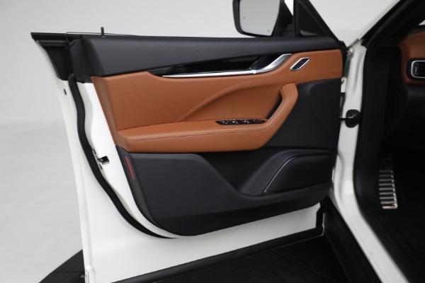 New 2021 Maserati Levante Q4 for sale $85,625 at Maserati of Westport in Westport CT 06880 17