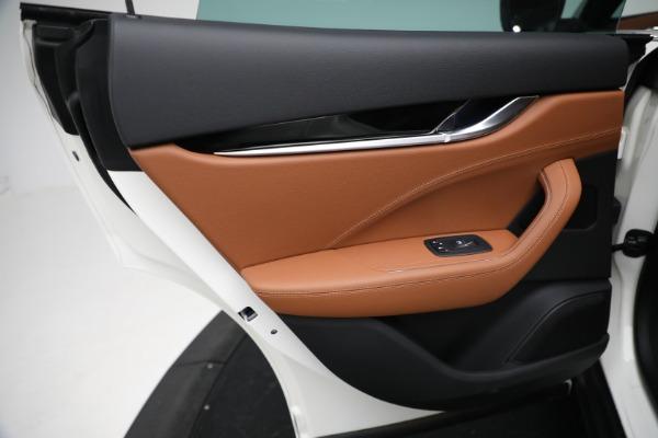 New 2021 Maserati Levante Q4 for sale $85,625 at Maserati of Westport in Westport CT 06880 21