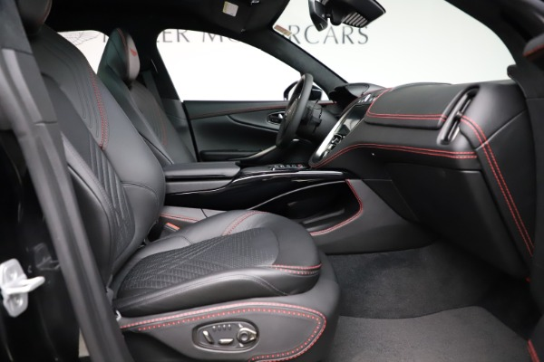 New 2021 Aston Martin DBX SUV for sale $212,686 at Maserati of Westport in Westport CT 06880 21