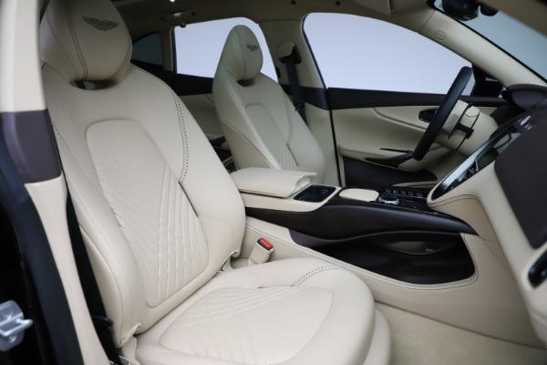 New 2021 Aston Martin DBX for sale $215,386 at Maserati of Westport in Westport CT 06880 24