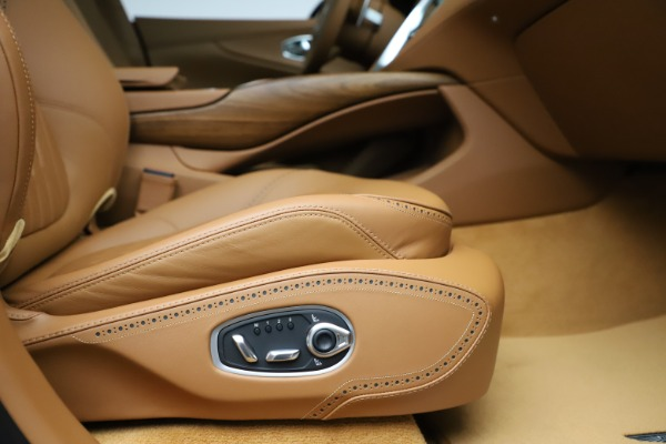 New 2021 Aston Martin DBX SUV for sale $221,386 at Maserati of Westport in Westport CT 06880 20
