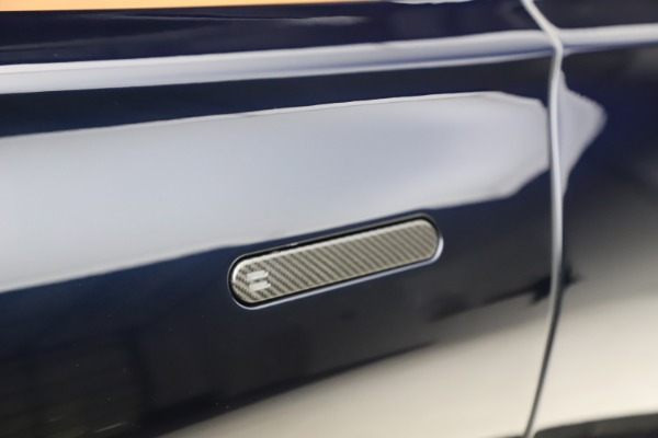 New 2021 Aston Martin DBX SUV for sale $264,386 at Maserati of Westport in Westport CT 06880 24