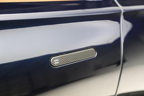 New 2021 Aston Martin DBX for sale $264,386 at Maserati of Westport in Westport CT 06880 24