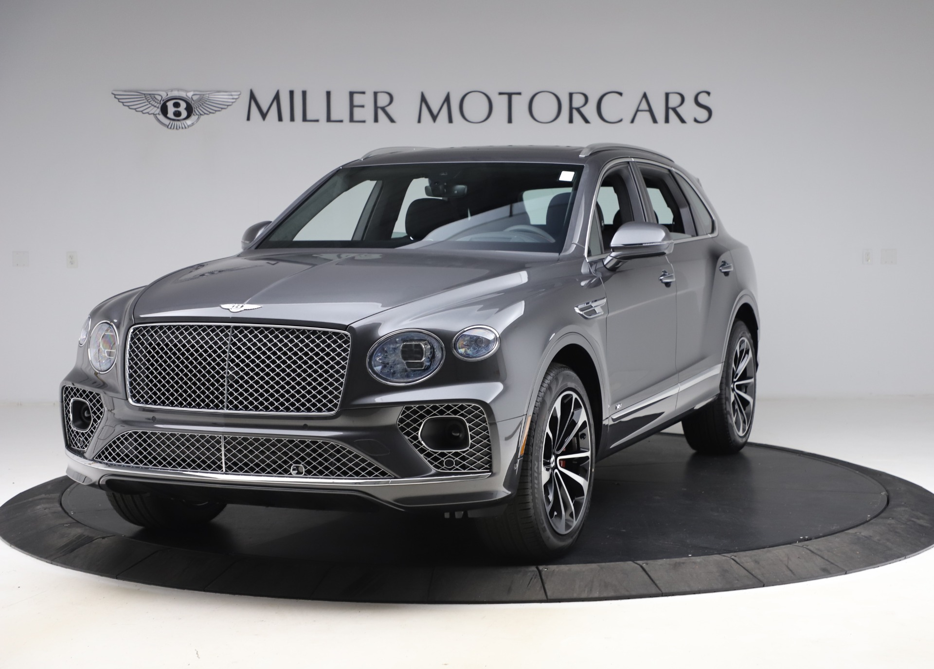 New 2021 Bentley Bentayga V8 for sale Call for price at Maserati of Westport in Westport CT 06880 1
