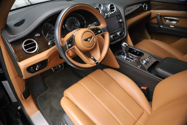 Used 2018 Bentley Bentayga Onyx Edition for sale $147,900 at Maserati of Westport in Westport CT 06880 12