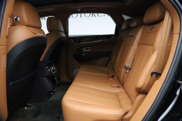 Used 2018 Bentley Bentayga Onyx Edition for sale $147,900 at Maserati of Westport in Westport CT 06880 17