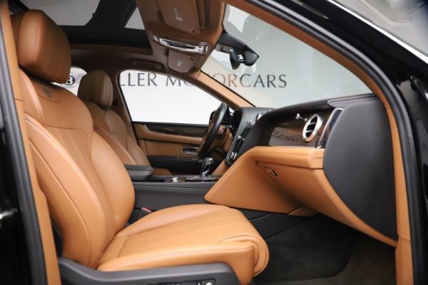 Used 2018 Bentley Bentayga Onyx Edition for sale $147,900 at Maserati of Westport in Westport CT 06880 21
