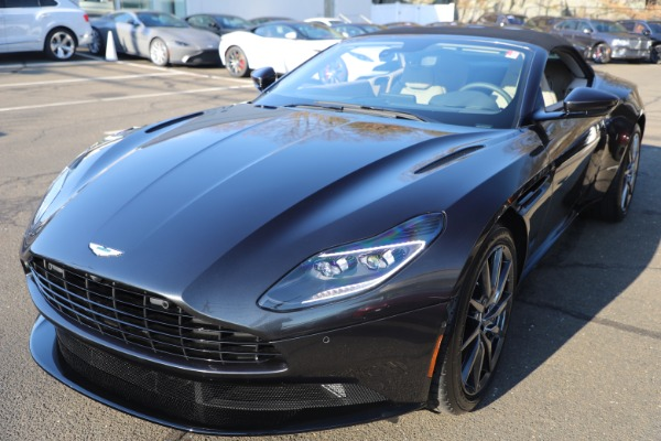 New 2021 Aston Martin DB11 Volante Convertible for sale $270,386 at Maserati of Westport in Westport CT 06880 27