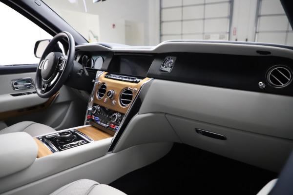 Used 2019 Rolls-Royce Cullinan for sale $349,900 at Maserati of Westport in Westport CT 06880 14