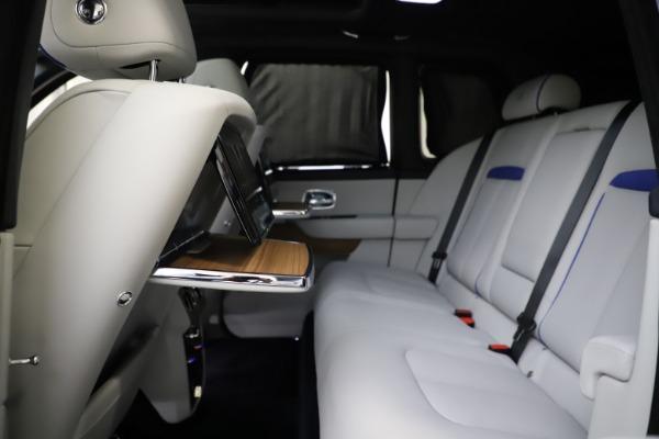 Used 2019 Rolls-Royce Cullinan for sale $349,900 at Maserati of Westport in Westport CT 06880 27