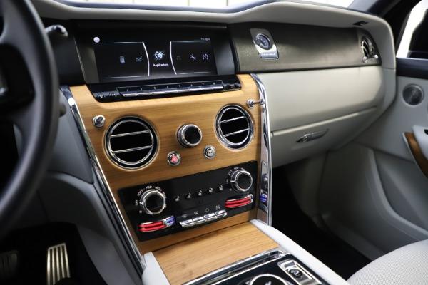 Used 2019 Rolls-Royce Cullinan for sale $349,900 at Maserati of Westport in Westport CT 06880 28