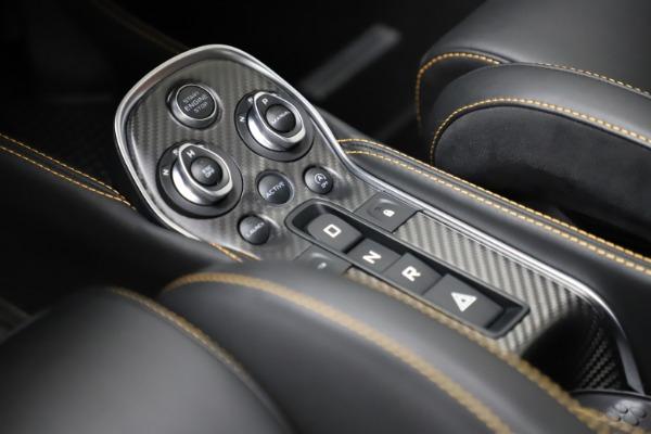 Used 2019 McLaren 600LT for sale $223,900 at Maserati of Westport in Westport CT 06880 17