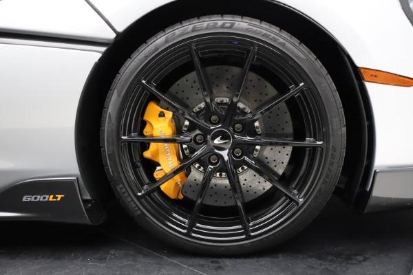 Used 2019 McLaren 600LT for sale $223,900 at Maserati of Westport in Westport CT 06880 26