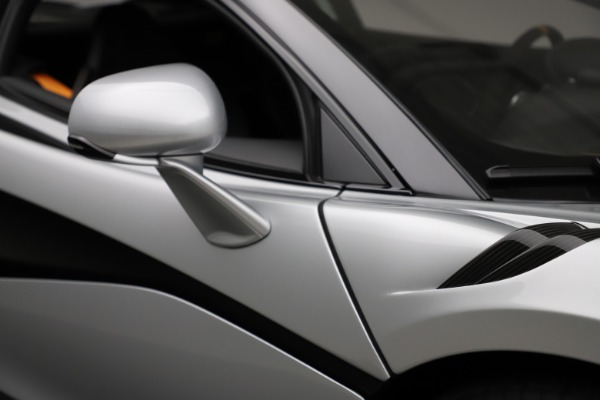 Used 2019 McLaren 600LT for sale $223,900 at Maserati of Westport in Westport CT 06880 28