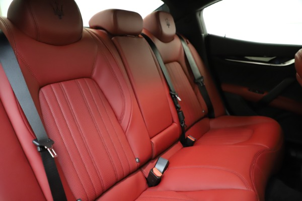 New 2021 Maserati Ghibli S Q4 GranLusso for sale $95,835 at Maserati of Westport in Westport CT 06880 25