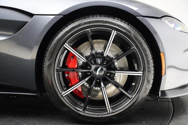 New 2021 Aston Martin Vantage Roadster Convertible for sale Sold at Maserati of Westport in Westport CT 06880 27