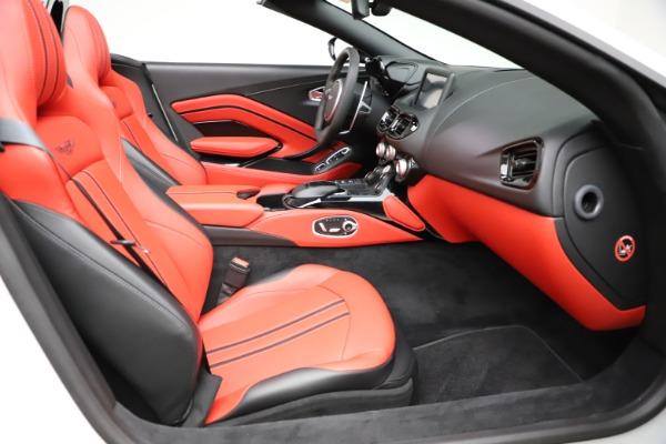 New 2021 Aston Martin Vantage Roadster Convertible for sale $189,186 at Maserati of Westport in Westport CT 06880 19