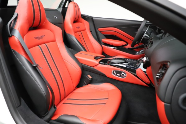 New 2021 Aston Martin Vantage Roadster Convertible for sale $189,186 at Maserati of Westport in Westport CT 06880 20