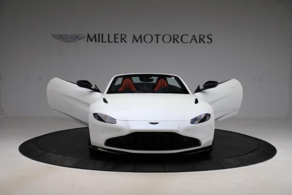 New 2021 Aston Martin Vantage Roadster Convertible for sale $189,186 at Maserati of Westport in Westport CT 06880 27