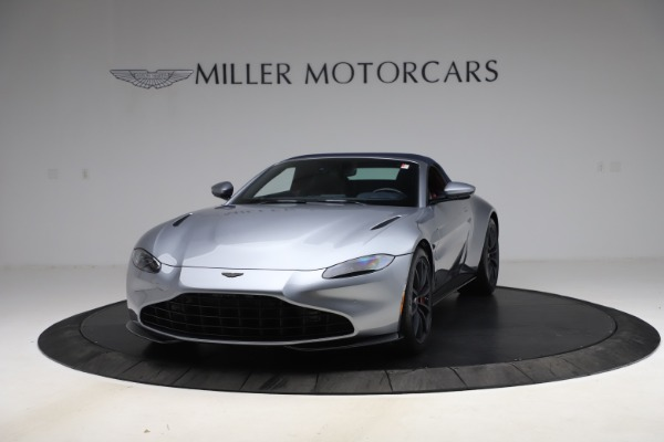 New 2021 Aston Martin Vantage Roadster Convertible for sale $199,285 at Maserati of Westport in Westport CT 06880 14