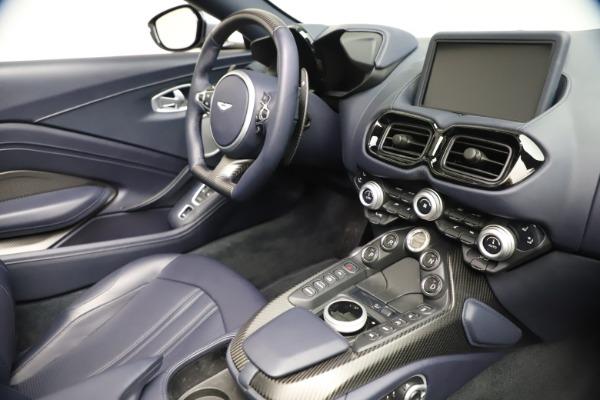 New 2021 Aston Martin Vantage Roadster Convertible for sale $199,285 at Maserati of Westport in Westport CT 06880 25