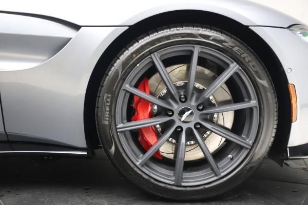 New 2021 Aston Martin Vantage Roadster Convertible for sale $199,285 at Maserati of Westport in Westport CT 06880 28