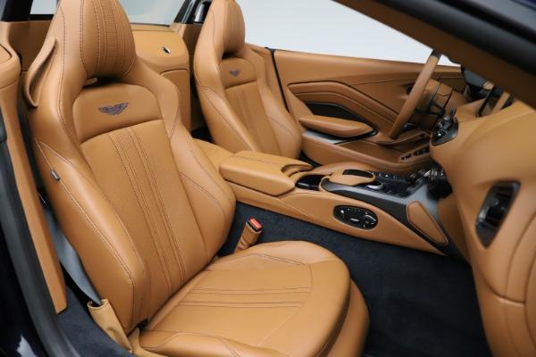 New 2021 Aston Martin Vantage Roadster Convertible for sale $205,686 at Maserati of Westport in Westport CT 06880 21