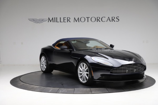 New 2021 Aston Martin DB11 Volante for sale $265,186 at Maserati of Westport in Westport CT 06880 24