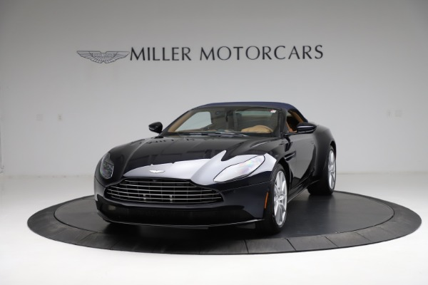 New 2021 Aston Martin DB11 Volante for sale $265,186 at Maserati of Westport in Westport CT 06880 25