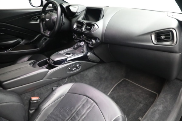 Used 2019 Aston Martin Vantage for sale $127,900 at Maserati of Westport in Westport CT 06880 16