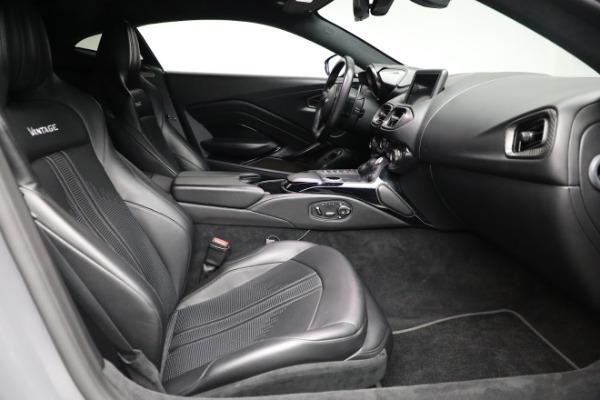 Used 2019 Aston Martin Vantage for sale $127,900 at Maserati of Westport in Westport CT 06880 17