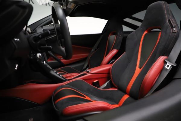 Used 2018 McLaren 720S Performance for sale $239,900 at Maserati of Westport in Westport CT 06880 18
