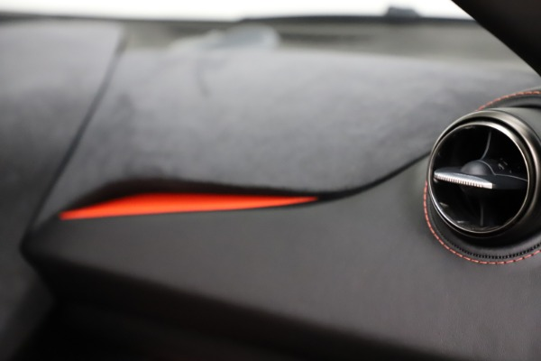 Used 2018 McLaren 720S Performance for sale $239,900 at Maserati of Westport in Westport CT 06880 26