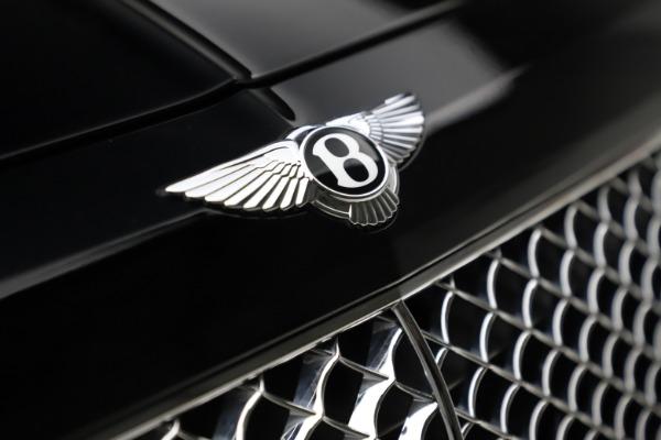 Used 2018 Bentley Bentayga W12 Signature for sale $154,900 at Maserati of Westport in Westport CT 06880 15