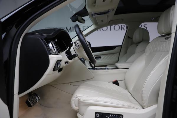 Used 2018 Bentley Bentayga W12 Signature for sale $154,900 at Maserati of Westport in Westport CT 06880 19