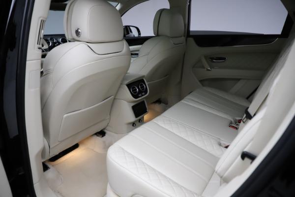 Used 2018 Bentley Bentayga W12 Signature for sale $154,900 at Maserati of Westport in Westport CT 06880 22