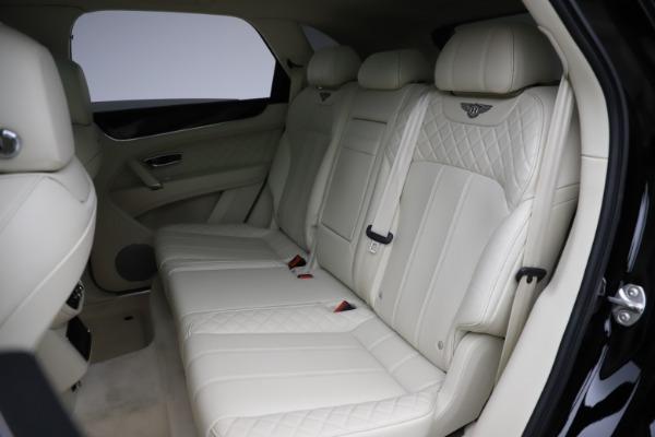 Used 2018 Bentley Bentayga W12 Signature for sale $154,900 at Maserati of Westport in Westport CT 06880 24