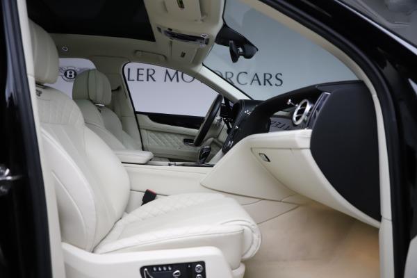 Used 2018 Bentley Bentayga W12 Signature for sale $154,900 at Maserati of Westport in Westport CT 06880 27