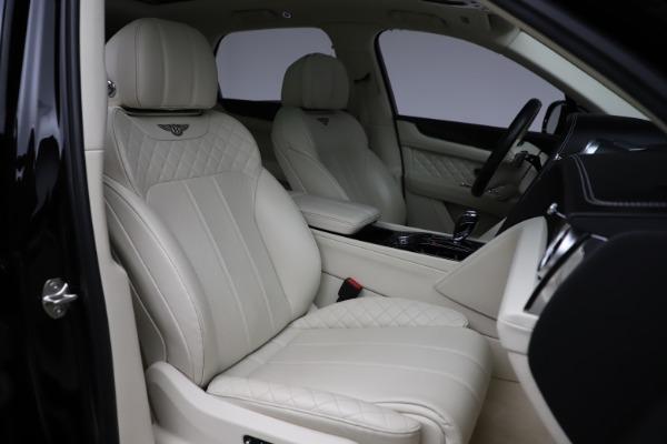 Used 2018 Bentley Bentayga W12 Signature for sale $154,900 at Maserati of Westport in Westport CT 06880 28